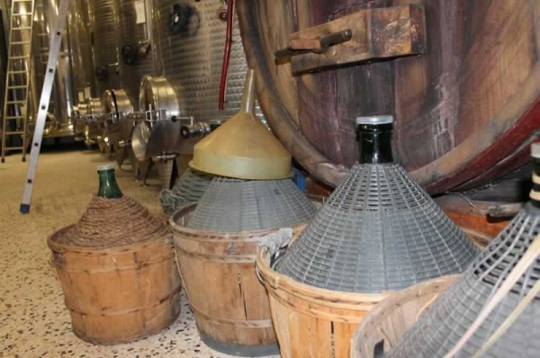 Wine from casks